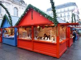La proximité augmentée avec les visiteurs du Marché de Noel d'Angers