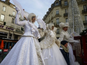 Photo souvenir avec des échassiers à Angers