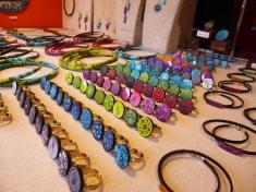 Large choix de bijoux artisanaux au Marché de Noël
