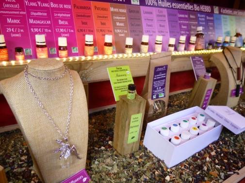Les huiles essentielles biologiques du Marché de Noël